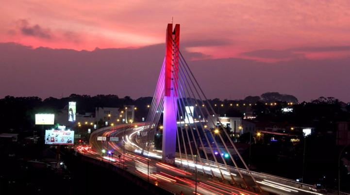 Jembatan Pasopati - Cinnamon Hotel Boutique Syariah Bandung